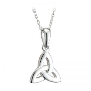 Solvar STERLING SILVER TRINITY KNOT PENDANT S44395 ExclusivelyIrish.com
